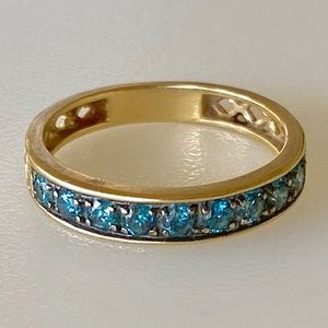Lovely 14k Blue .36 CT Diamond Band 2.1g